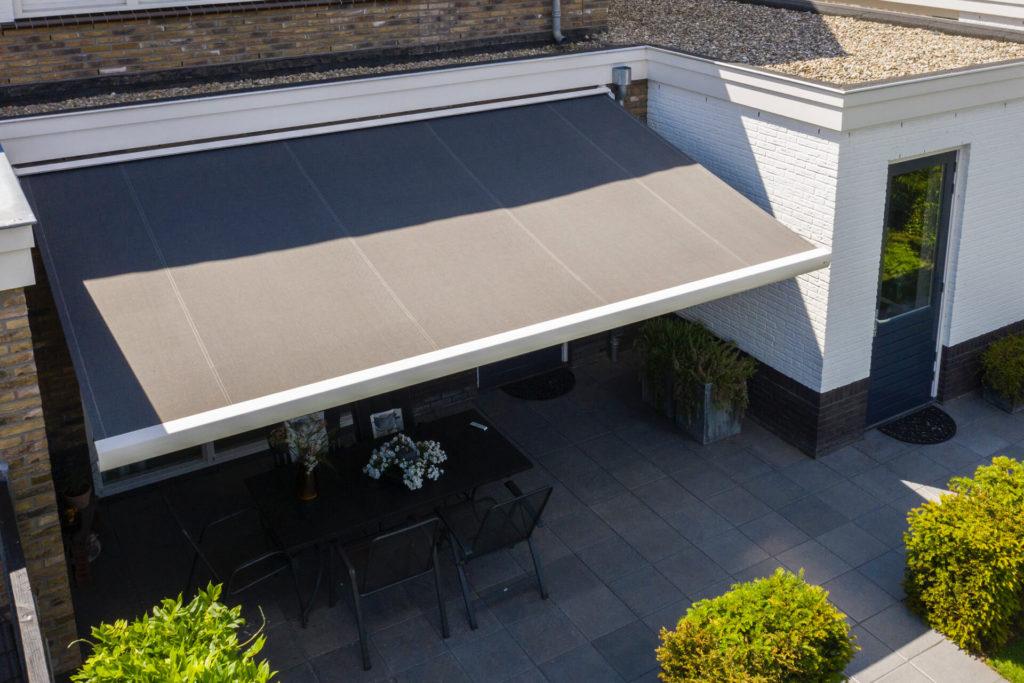 Suncircle zonwering barneveld terrasscherm knikarmscherm project 2